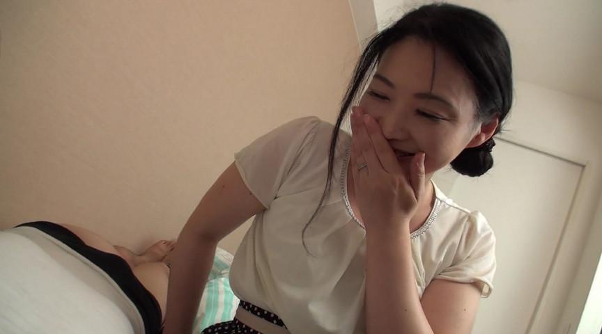 熟女の口臭嗅がせ手コキ 横山紗江子